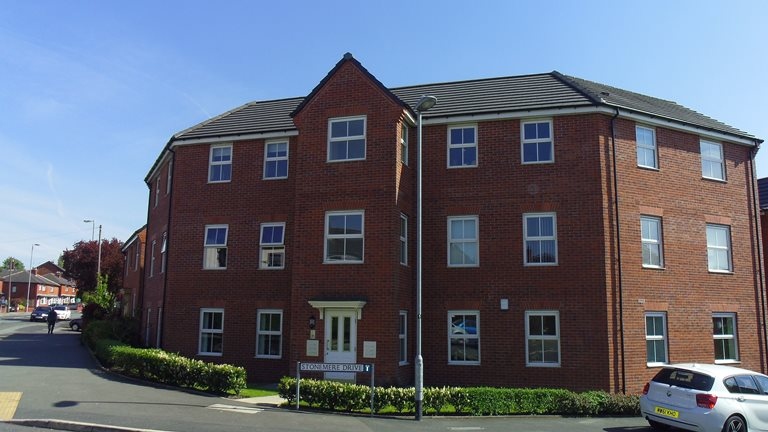1 Stonemere Drive, Radcliffe, M26 1QY